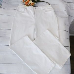 Gloria Vanderbilt White High Rise Jean Size 14